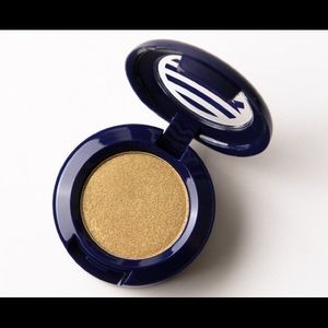 MAC Barefoot Eyeshadow